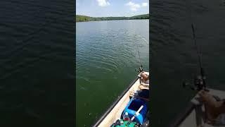 preview picture of video 'Pancing ikan siakap di muara sungai balingkatak'