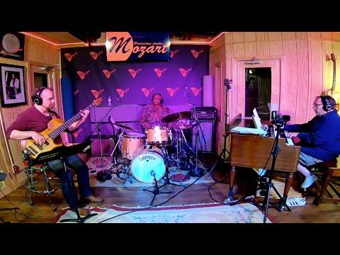 Marleaux BassGuitars - Purdie/Fabian/Oswanski