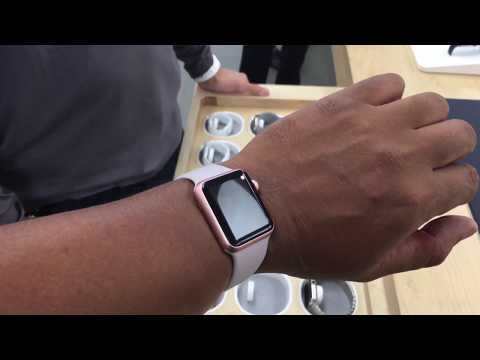 Apple watch sport in Rose Gold ( Try on session )