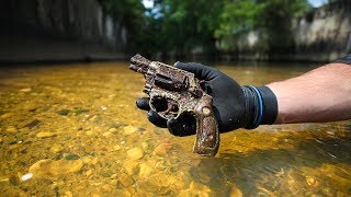 Found Old Murder Weapon in Urban Canal!! (Police Involved)   Jiggin' With Jordan
