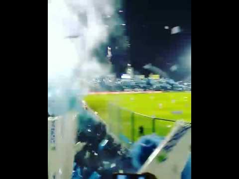 """""""ATLETICO TUCUMAN VS RIVER - MAYO DE 2017- TREMENDO RECIBIMIENTO DEL DECANO!!"""" Barra: La Inimitable • Club: Atlético Tucumán"""