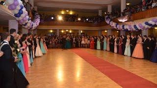 Střípky z maturitního plesu 4.B a 4.C 2015
