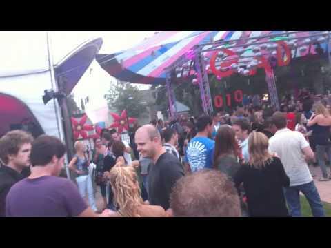 Feestje aan de Gracht 2010 - Begin van de avond