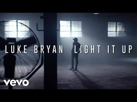Luke Bryan – Light It Up