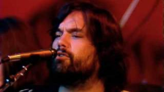 Little Feat - Dixie Chicken (with Emmylou Harris & Bonnie Raitt) Live 1977. HQ Video.