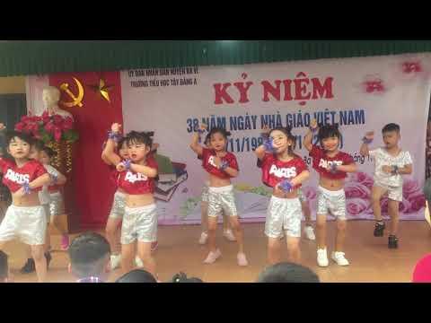 Khối 1 - giao lưu văn nghệ mừng ngày Nhà giáo Việt Nam