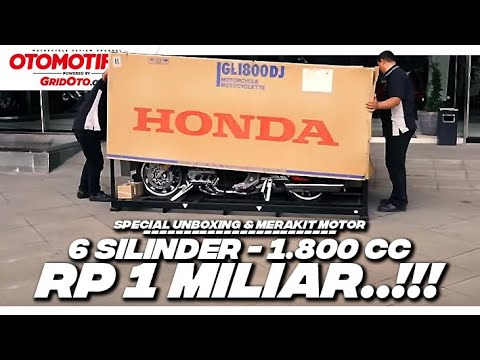 Unboxing Motor Rp 1 Miliar 6 Silinder Honda Gold Wing Tour DCT 2018 l First Impression l GridOto