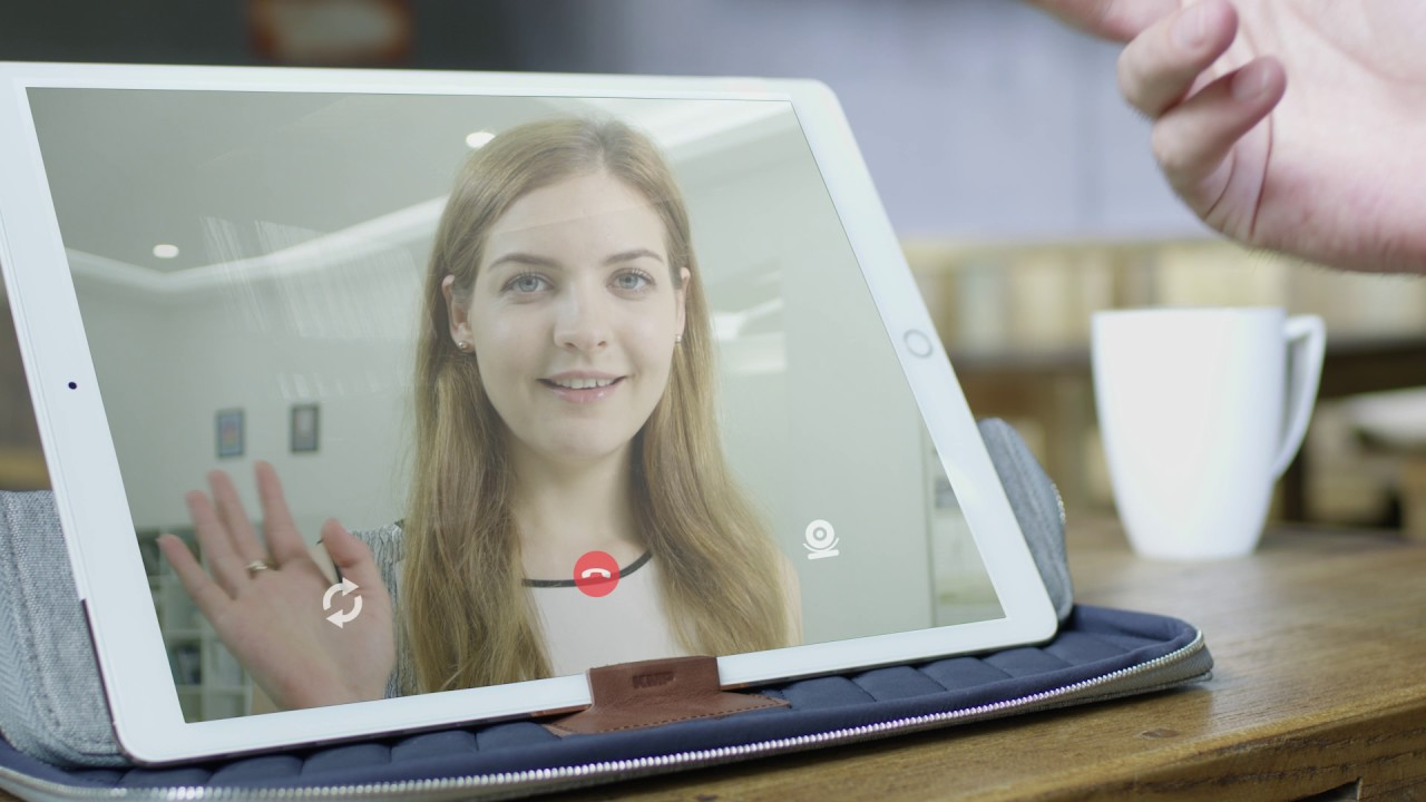 "Чехол KMP MacBook Pro Air/iPad Pro 12.9"" (Blue/Red) 1816705005 video preview"