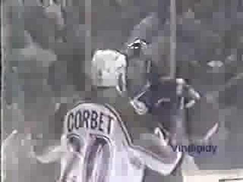 Dave Lowry vs. Rene Corbet