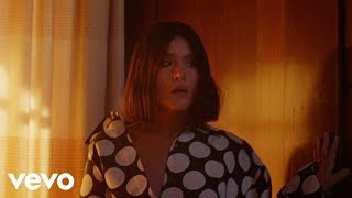 Jessie Ware - Alone (Official Music Video)