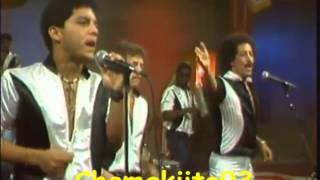 Yo Me Siento Enamorado - Jossie Esteban y la Patrulla 15  (Video)