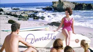 ANNETTE FUNICELLO       Pineapple Princess