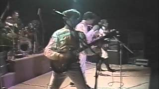 Split Enz  WHATS THE MATTER WITH YOU live 1981