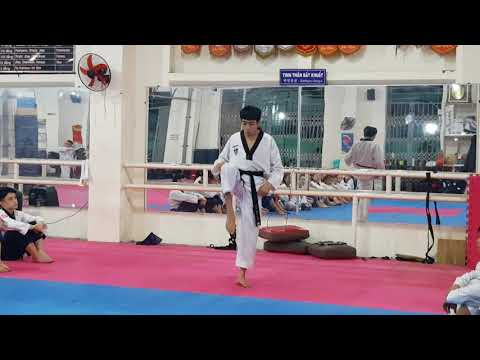 Jump Back-Whip Kick Step 1 (2)