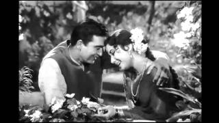 Chand Jane Kahan Kho Gaya - A Melodious Duet   - YouTube