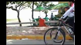 preview picture of video 'Gianny Mercedes realiza recorrido en Bicicleta Nagua - Puerto Plata. 150K'