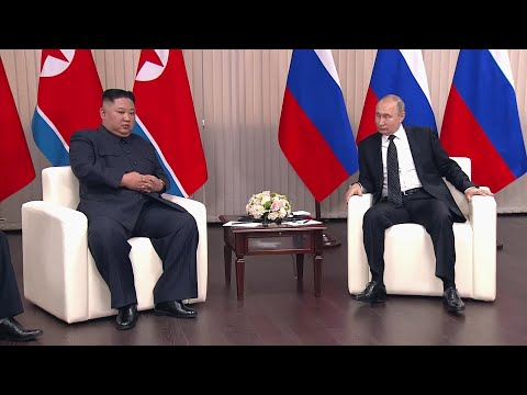 Russian President Vladimir Putin and North Korean leader Kim Jong Un shook hands at the start of talks at a university in Russia's far-eastern city of Vladivostok. (April 25)