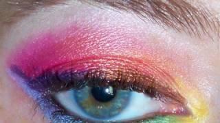 Color Mania - Bright Rainbow Eyes