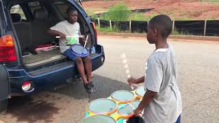Drumline : 10 & 12 Year Old Drumming Brothers On Xymox Snare And Tenor Pads!