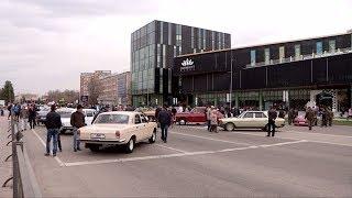 Фестиваль ретро-автомобилей проходит в Шымкенте
