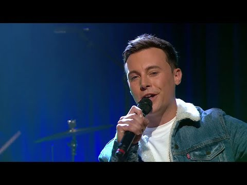 'Holdin' A Good Hand' - Nathan Carter | The Late Late Show | RTÉ One