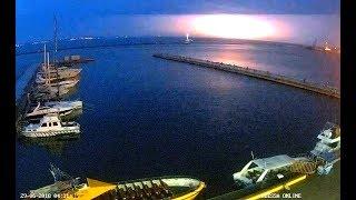 Комбинированная гроза над Николаевом - апокалиптический вид неба с расстояния 100 км из Одессы :(