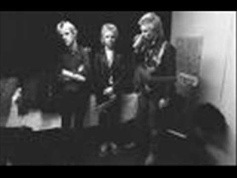 THE POLICE LIVE - next to you / dead end job  (boston 29-10-1978 u.s.a.)