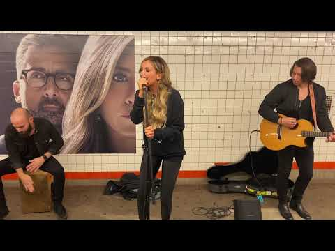 Carly Pearce - I Hope You're Happy Now (Subway Pop Up Show)