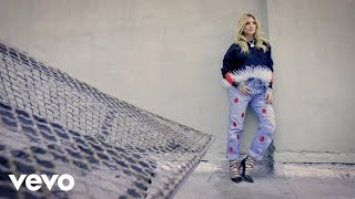 Julia Michaels - Introducing Julia Michaels