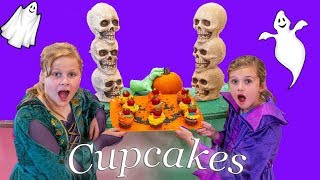 Assistant Uses Her Spooky Kitchen To Make Halloween Cupcakes With Crystal
