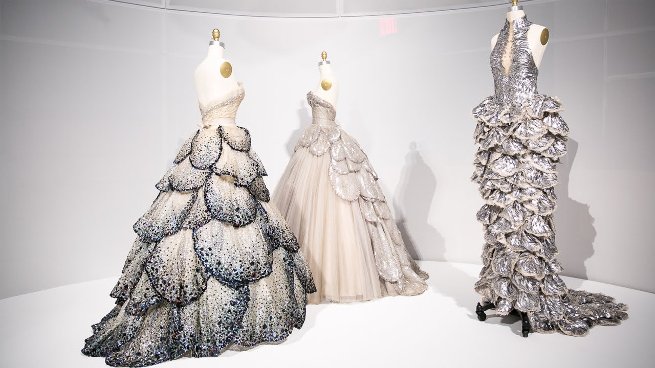 Apple and Vogue at the Met's Costume Institute thumbnail