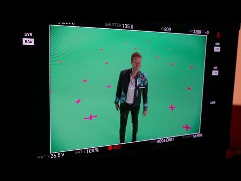 מאחורי הקלעים של הקליפ המופלא Coldplay - Up&Up