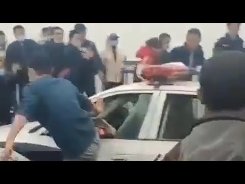 Violent protests erupt in China as Hubei natives blocked from leaving
