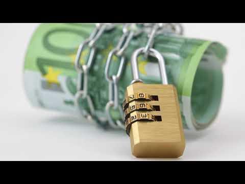 Имеет ли право банк звонить родственникам должника и сообщать сумму долга?