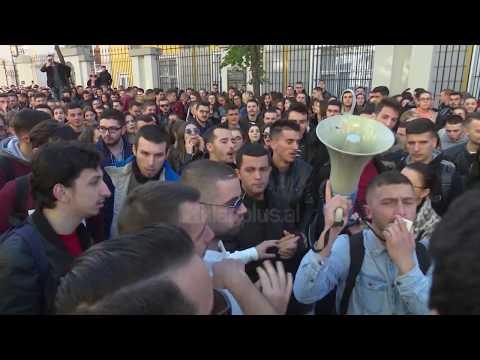 Në dhjetor rikthehen protestat e studentëve
