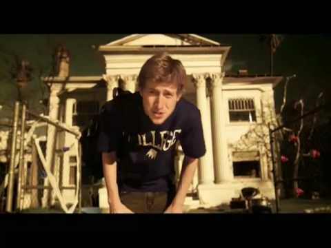 Asher Roth Metacafe I Love College 12