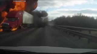 Дтп м4 загорелся грузовик