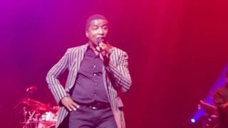 Babyface - Whip Appeal (Concert Performance)