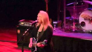 Mary Chapin Carpenter, Girls With Guitars