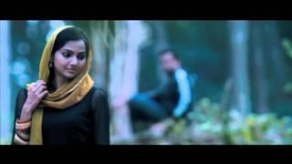 Trailer of Ayalum Njanum Thammil (2012)