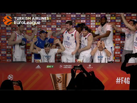 Efes players celebrate at the press conference!