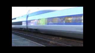 preview picture of video 'TGV's en gare de Landivisiau'