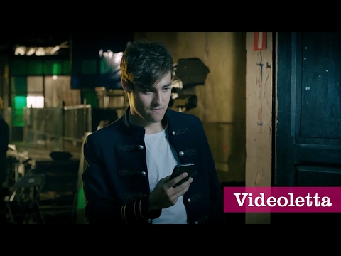 Tini: The Movie - Leon is searching for Violetta