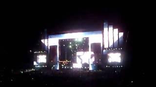 Swedish House Mafia - Reach Out (Mash Up) @ EDC 2010