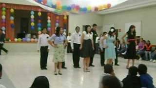 preview picture of video 'baile del barrio central cha cha cha'