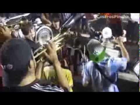 """""""Fiesta en el corazón de la tribuna de Estudiantes (CaserosPincha.com)"""" Barra: La Barra de Caseros • Club: Club Atlético Estudiantes"""