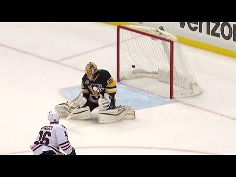 Blackhawks stun Penguins late in the first with two goals in 39 seconds