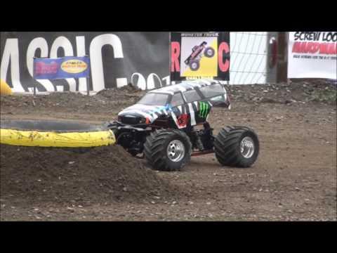 RC Monster Truck Challenge 2016 World Finals Highlights