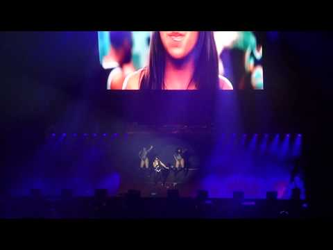 Ashanti - What's Luv?  (Live) (HD)