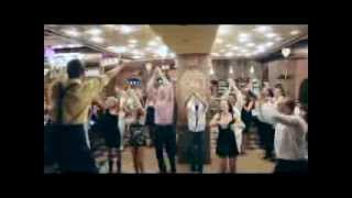 Mime show on Russian wedding